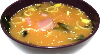 Мисо-суп с тунцом